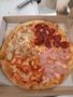 Приготовление и бесплатная доставка пиццы,  роллов
